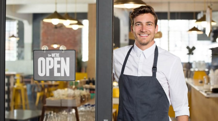 Key factors to consider before investing in a restaurant business